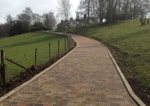 Commercial-Driveway_north_East_cobbled